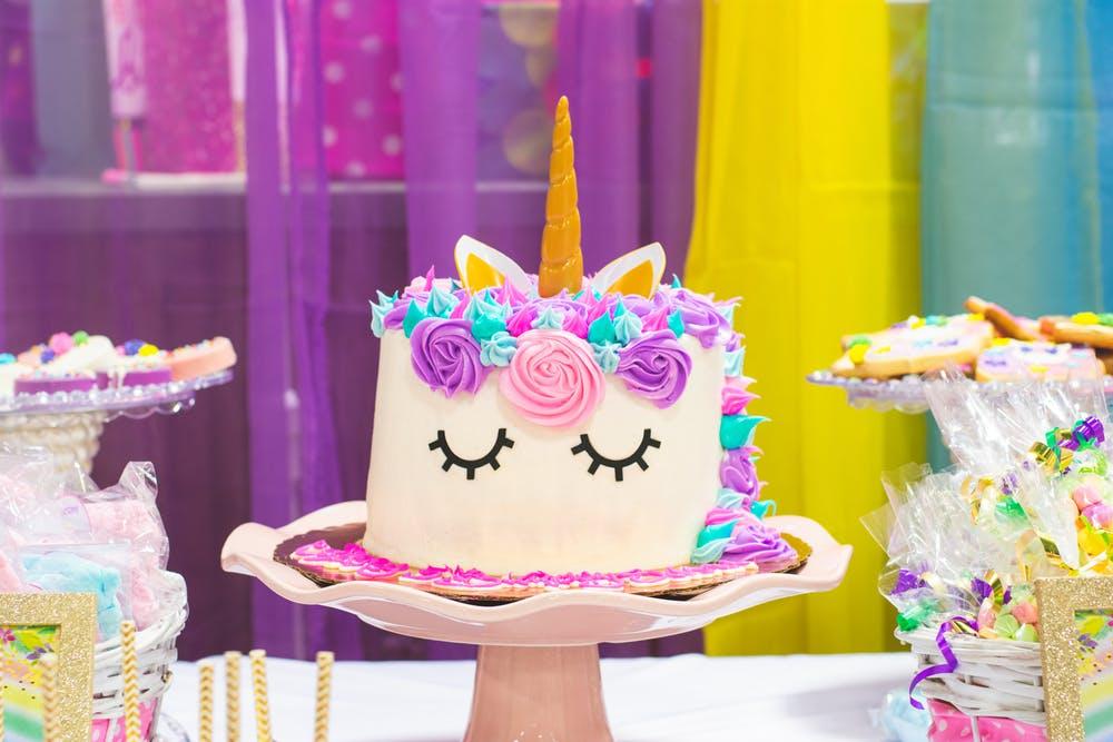 Bad Girls Good Cakes - Gâteau licorne personnalisé